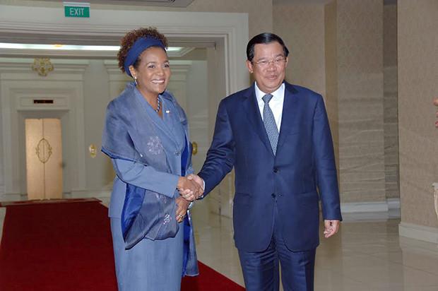 Michaëlle Jean et le premier ministre du Cambodge, Hun Sen