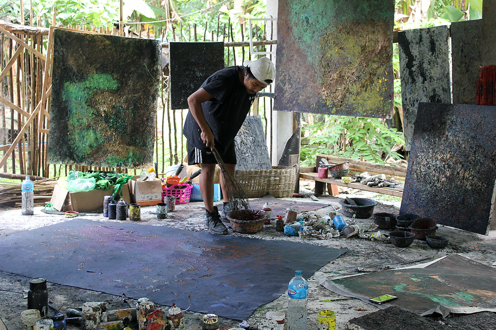 Nov Cheanick dans son studio à Siem Reap