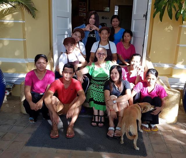 Avec l'équipe de La Villa à Battambang