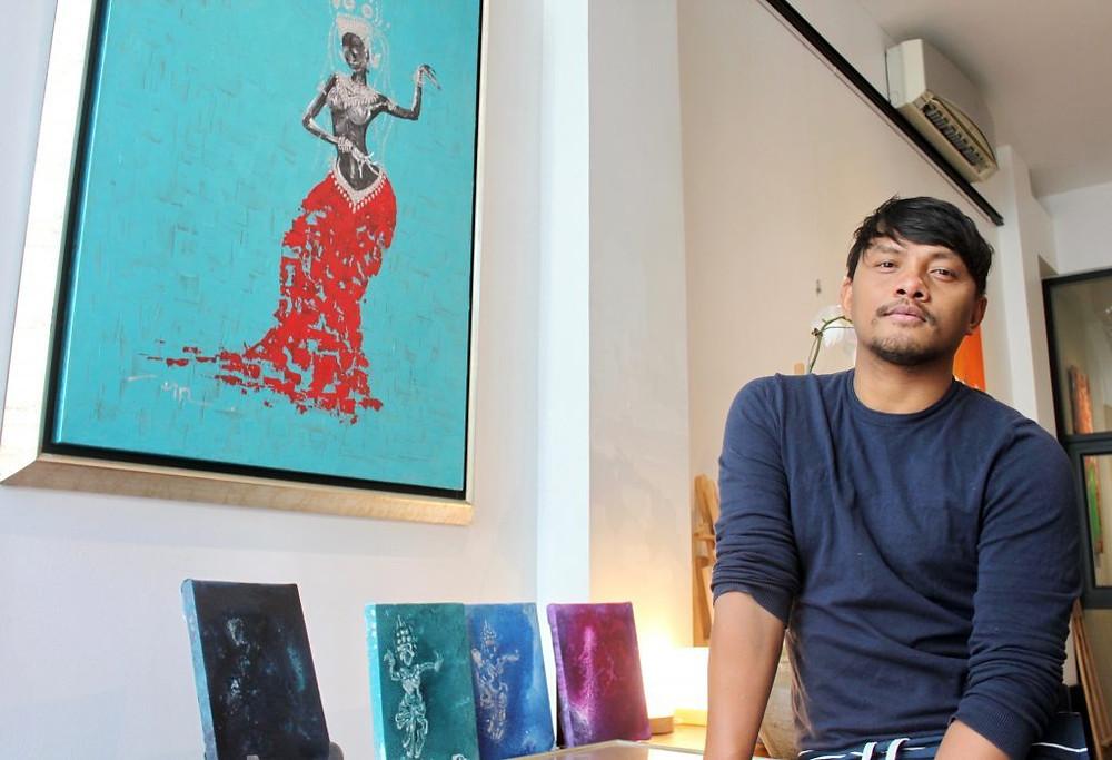 Din Borin : Je dessine depuis l'âge de 6 ans. Dans ma famille, je suis le seul à m'être aventuré dans la vie d'artiste