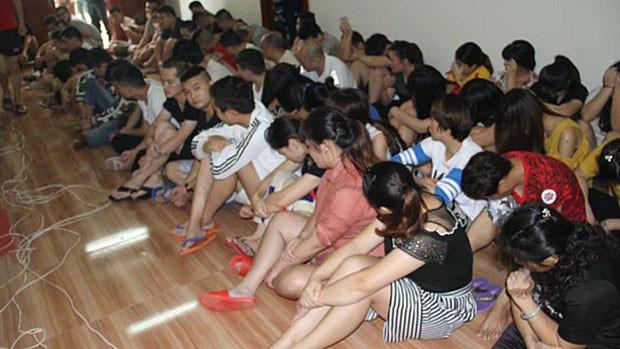 Expulsion et liste noire pour 235 criminels chinois. Photographie Police de Takéo