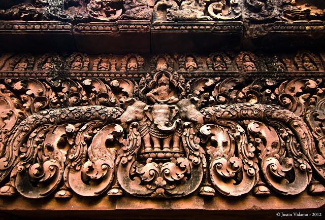 Sculptures de Banteay Srei par  Justin Vidamo (cc)