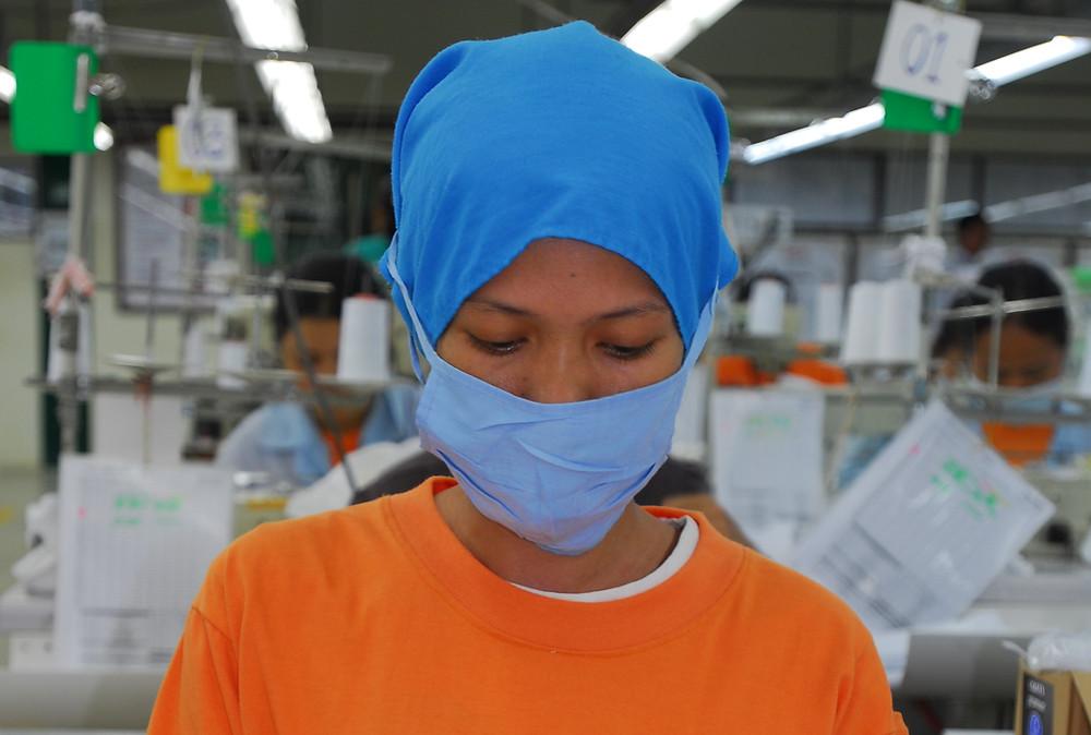 Passer à la fabrication de masques et maintenir l'activité et les emplois