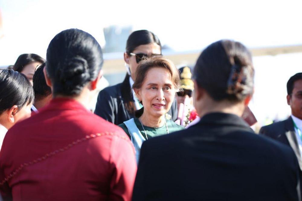 Aung San Suu Kyi au Cambodge pour renforcer les liens bilatéraux