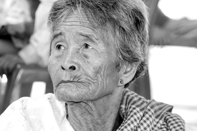 Personne âgée de Wat Kraya