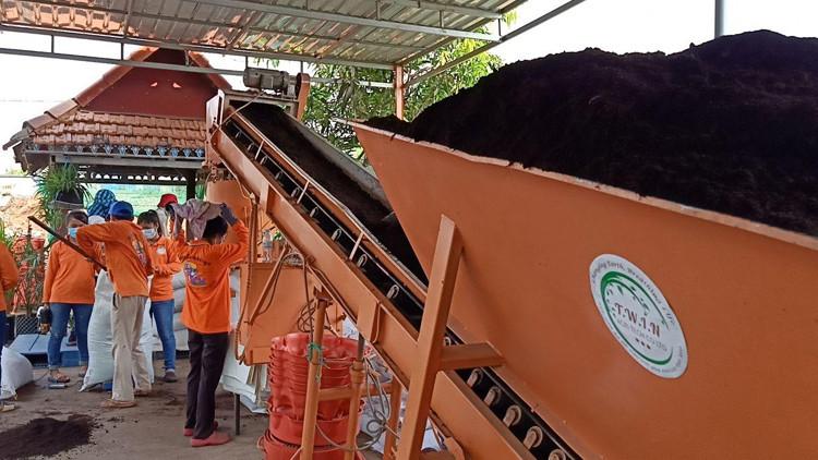 TWIN Agri Tech transforme les déchets de Phnom Penh en compost