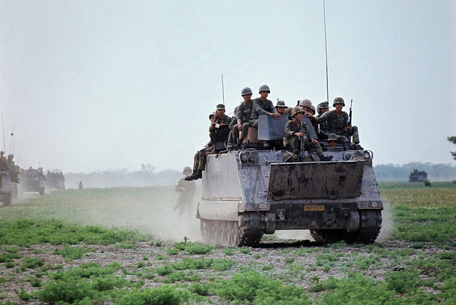 Patrouille des Rangers du 41ème bataillon le long de la frontière
