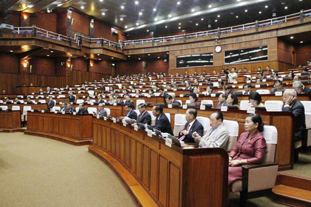 l'Assemblée nationale approuve le projet de loi sur le budget national 2017
