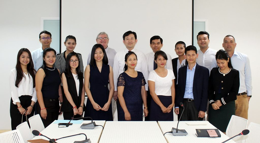 Alumni : Visite de l'Institut National de la Diplomatie et des Relations Internationales