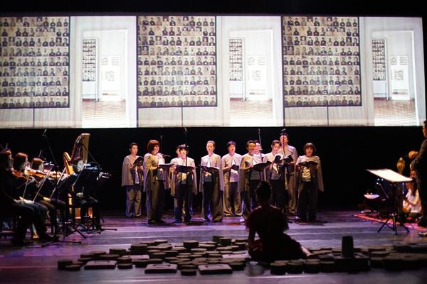 Rithy Panh et Him Sophy proposeront Bangsokol - Un Requiem pour le Cambodge, sur la scène du Théâtre Chaktomuk les 21, 22 et 23 Novembre 2019