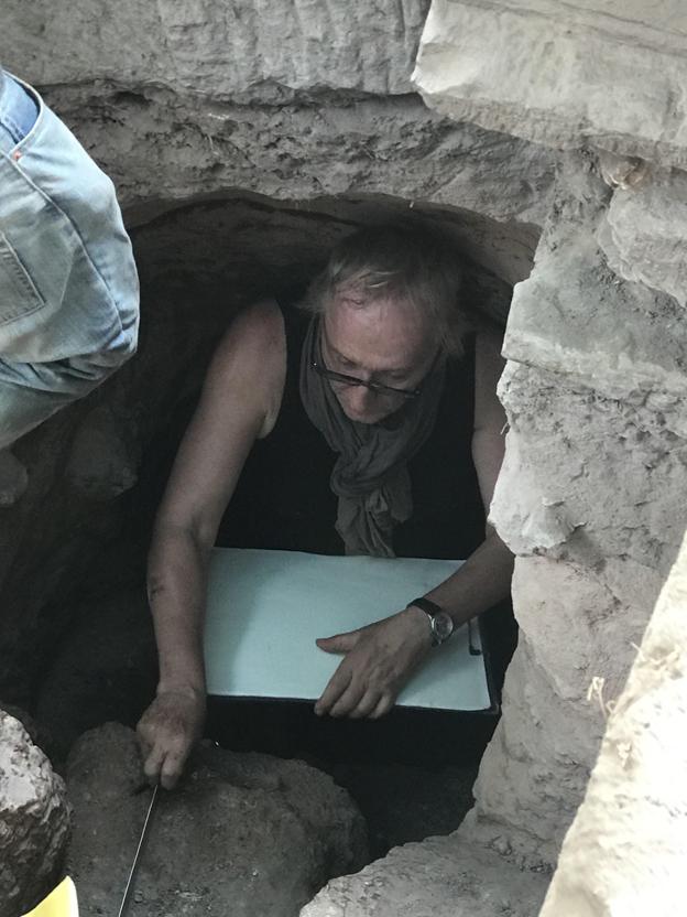 Jacques Gaucher lors d'une campagne de fouilles