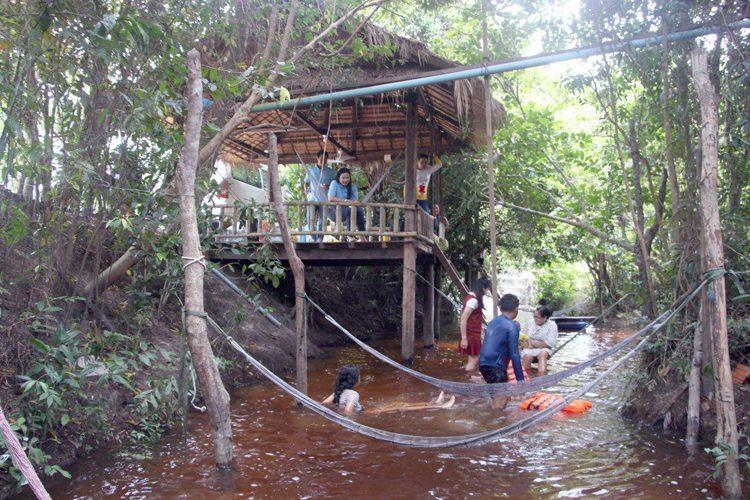 Maison verte à Banteay Srey