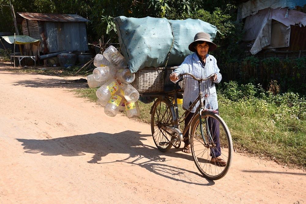 A vélo   (Battambang)