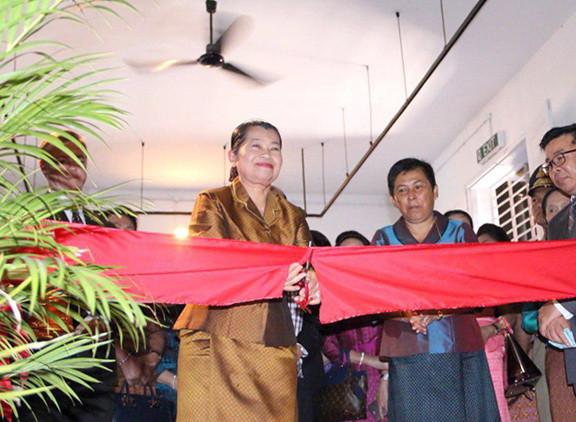 L'exposition des bijoux anciens khmers inaugurée à Phnom Penh