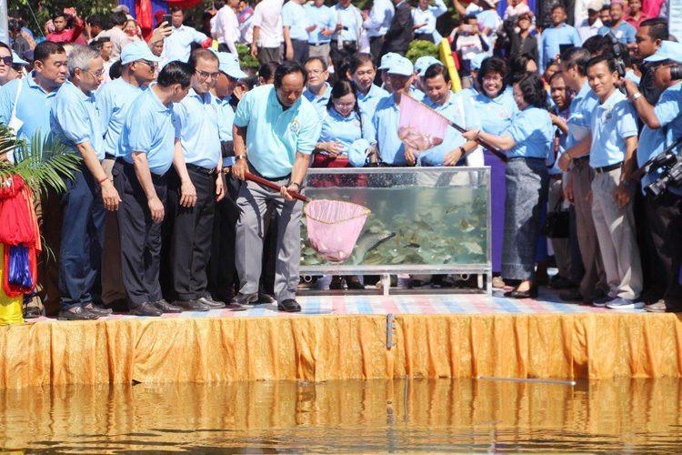 16e Journée nationale de la pisciculture : un million d'alevins ont été relâchés