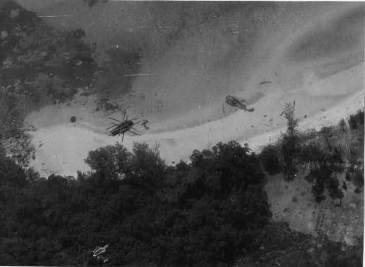 Les deux hélicoptères abattus