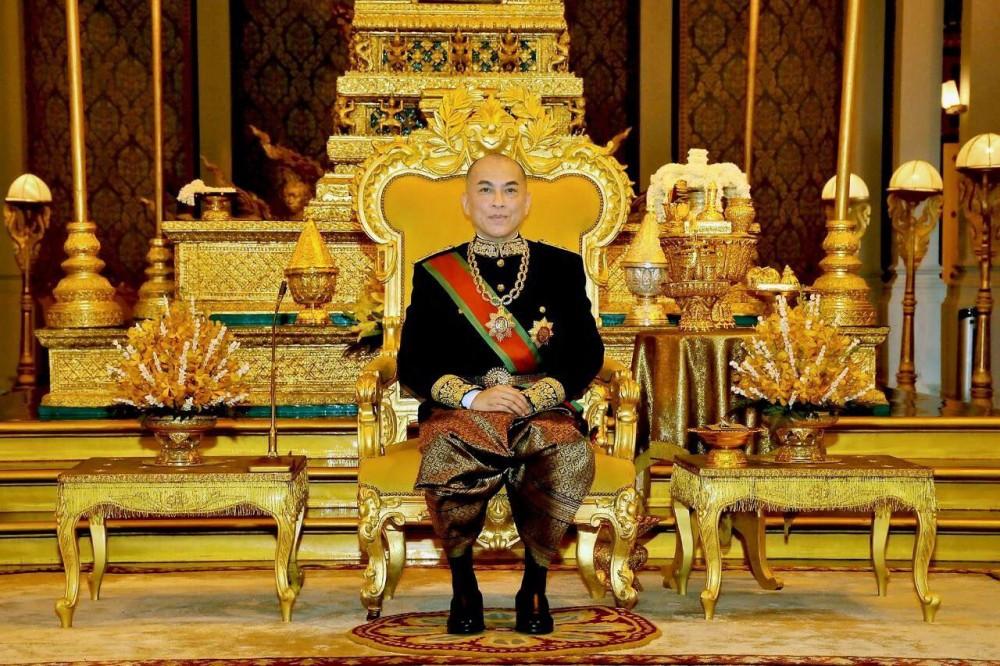 Sa Majesté le roi Norodom Sihamoni