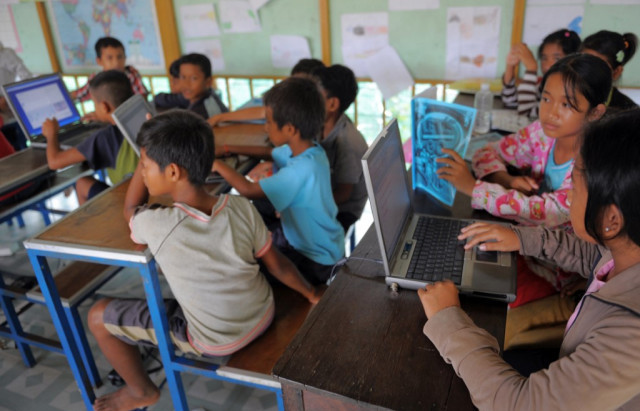 Cambodge & Enseignement : L'apprentissage en ligne remplacera-t-il les cours en présentiel?