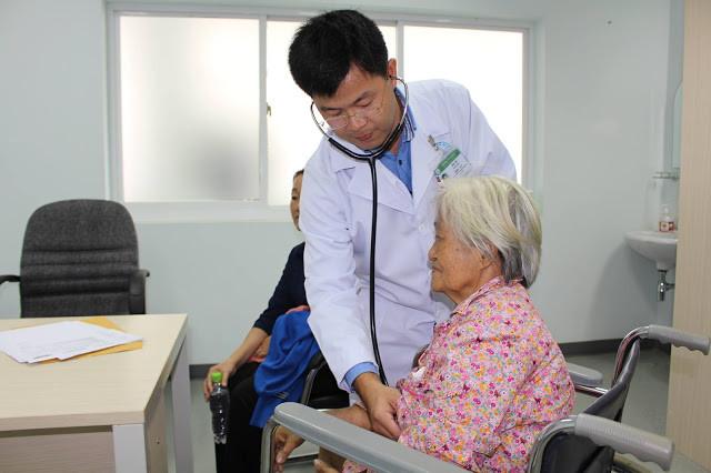 Journée Charité à l'hôpital Cho Ray. Photo Hoai Duong