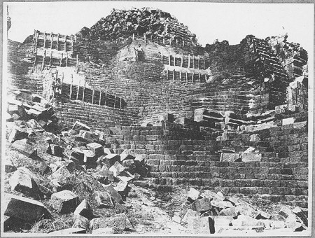 L'angle nord-ouest du Baphuon en 1949