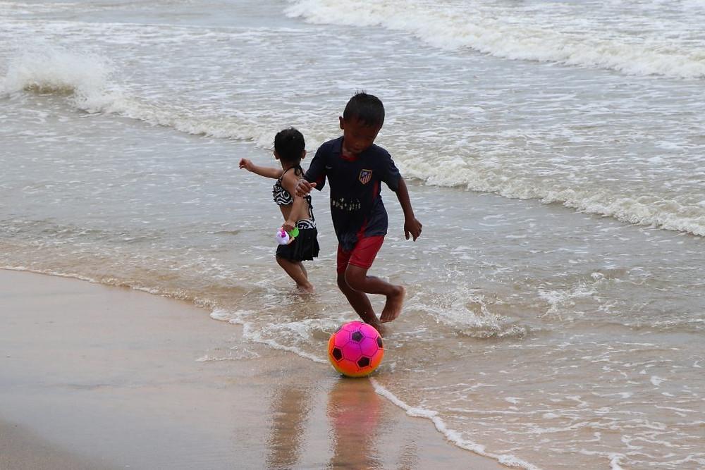 Jeux au bord de l'eau