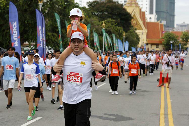Plus de 6000 participants pour le Semi-Marathon de Phnom Penh