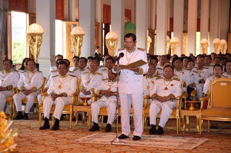 Audience royale pour les membres du gouvernement venus souhaiter l'anniversaire du roi