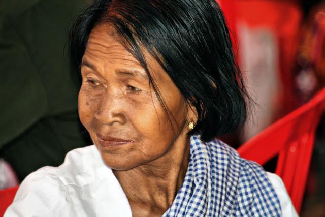 Cliché du jour : Beauté et sérénité d'une dame khmère de Kompong Thom.  Photo Christophe Gargiulo avec l'aimable autorisation de CGF Foundation.
