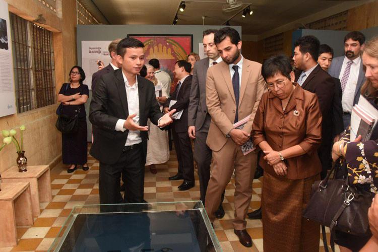 S.E Phoeurng Sackona, ministre de la Culture et des Beaux-Arts du Cambodge