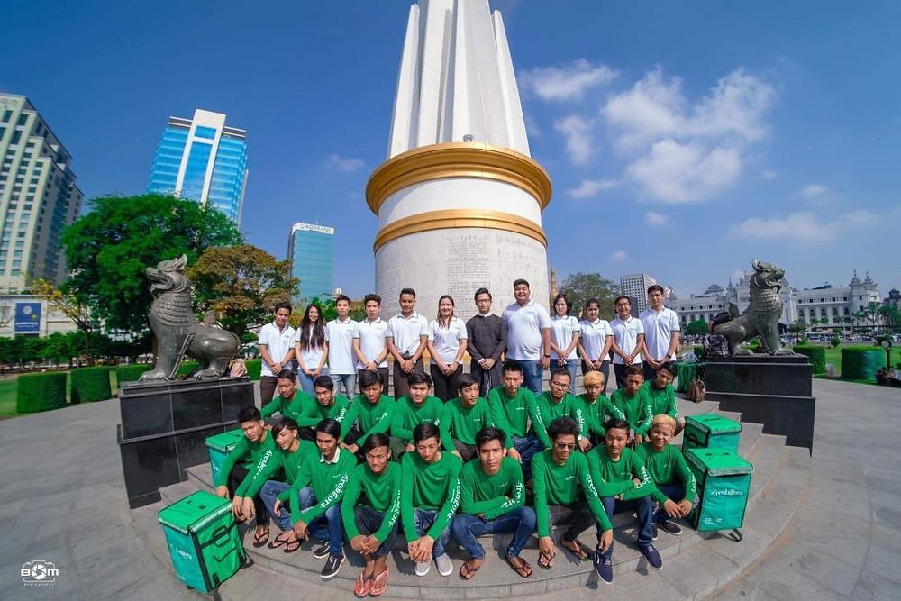 L'équipe de FreshGora.com au Myanmar