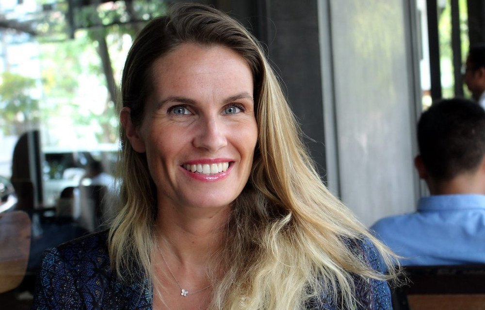 Directrice Marketing énergique au sein de l'enseigne Ucare, Claire Poriel