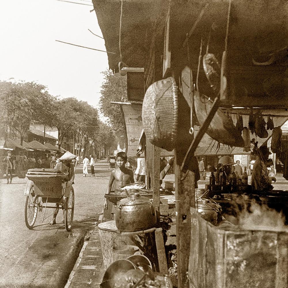 Marché à Phnom Penh. 1929