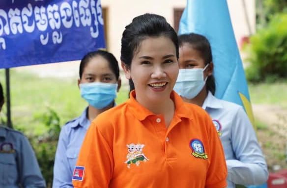 S.E. Dr Ban Sreymom devient la deuxième femme à diriger une province