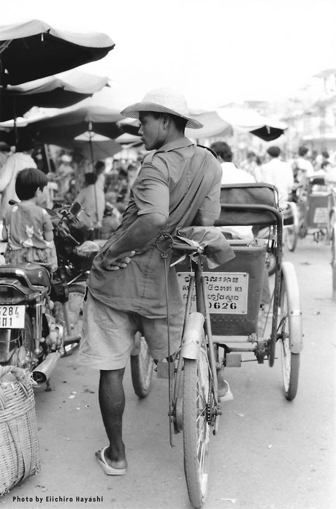 Bophana - Exposition : Les cyclo-drivers de Phnom Penh – Rois de la rue