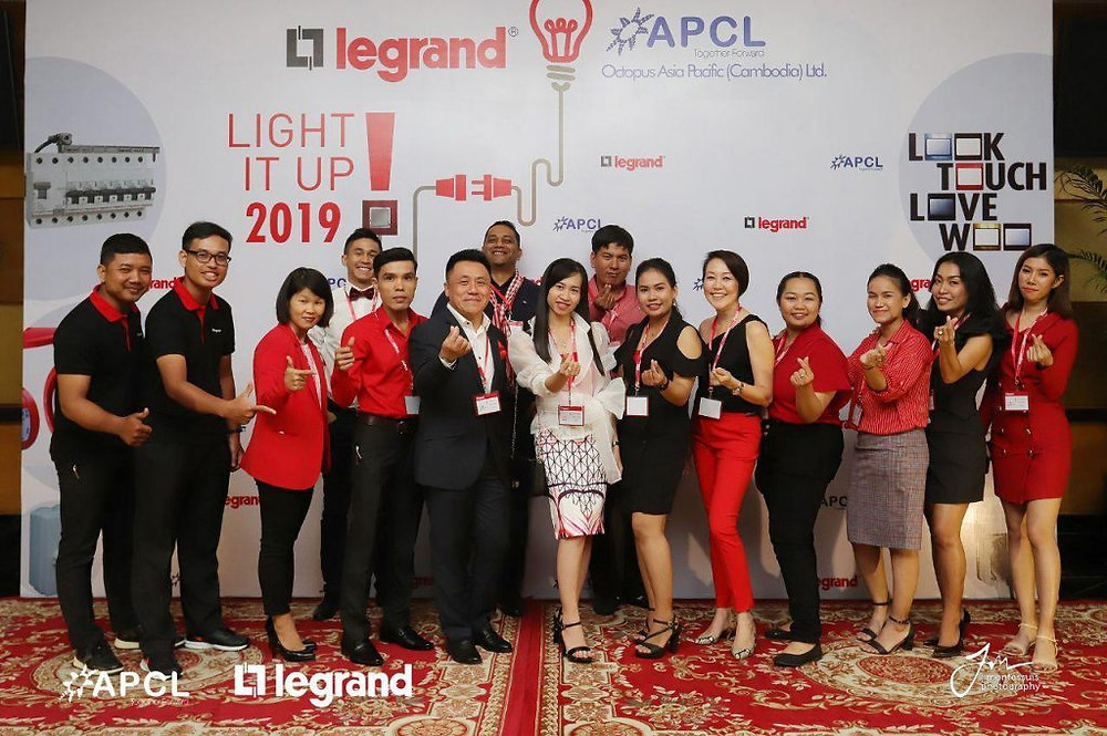 L'équipe OAPCL, partenaire de Legrand