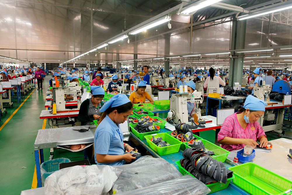 Usine de chaussures au Cambodge. Photo ILO