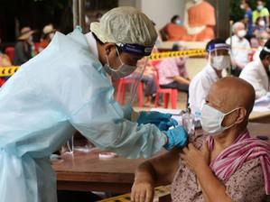 Santé & Cambodge : La couverture vaccinale des adultes contre le virus COVID-19 atteint 70 %
