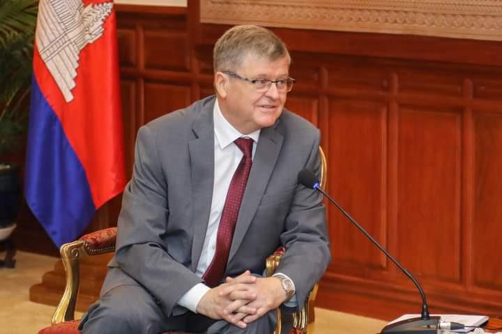 S.E. M. Anatoly Borovik, Ambassadeur de la Fédération de Russie au Royaume du Cambodge