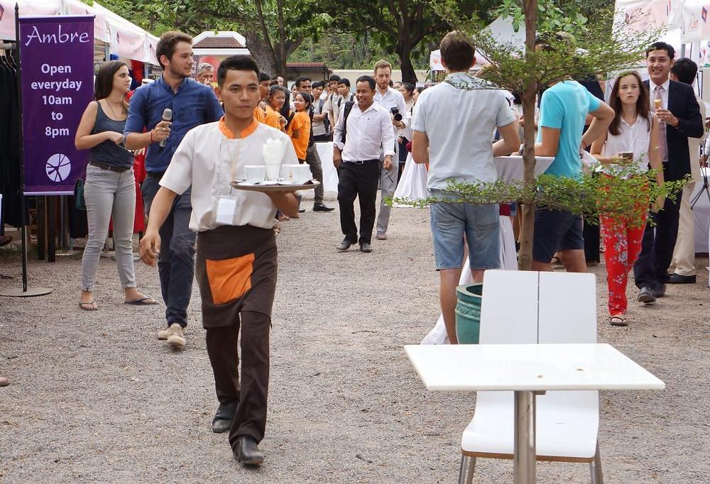Élèves - apprentis des écoles hôtelières de Sala Baï et de Paul Dubrule se sont affrontés au sein d'une compétition amicale de barista