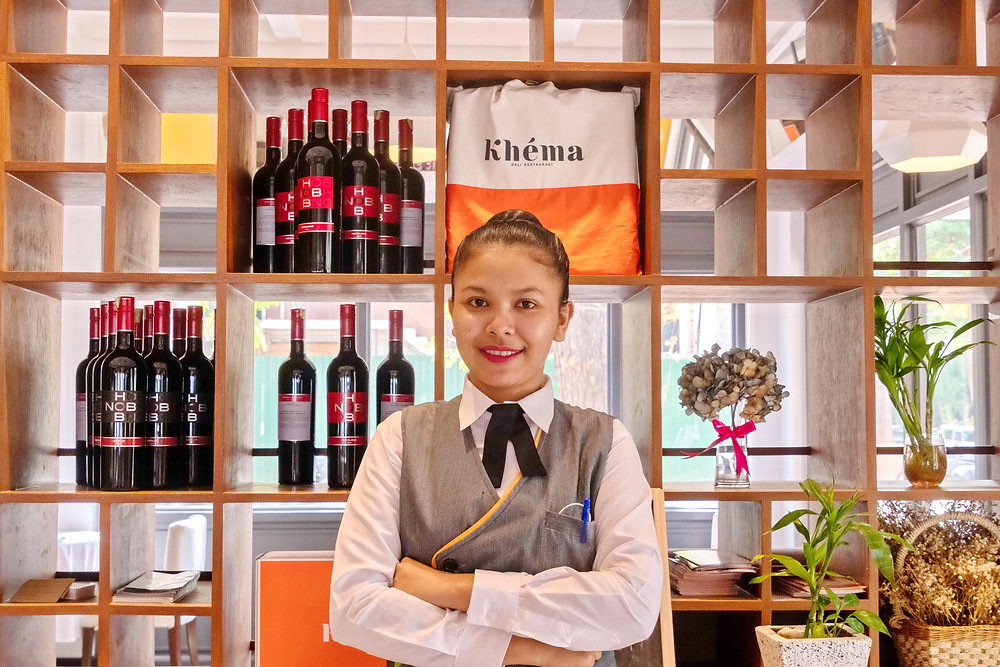 Rachana Lot, cheffe d'équipe chez Khéma Angkor depuis janvier 2019