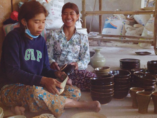 Photo : Cambodia Traditional Pottery Project