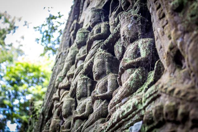 Ombres et reliefs d'Angkor Wat par Félix Nagel (cc)
