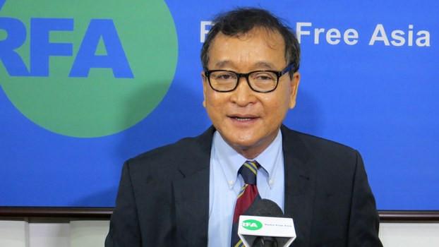 Sam Rainsy lors d'une interview avec RFA