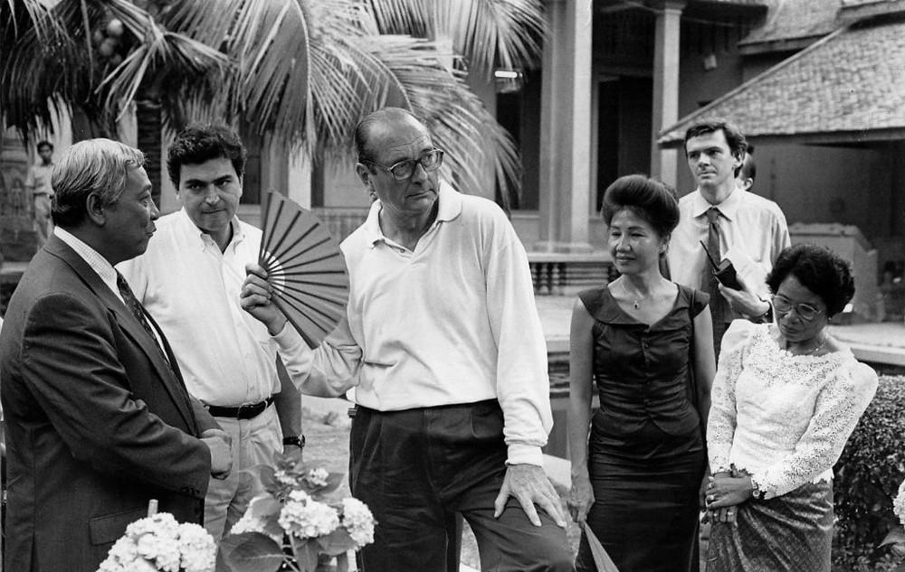 Jacques Chirac au Cambodge et 2 millions de chauves-souris