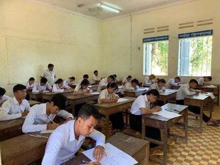 Cambodge : Fermeture des écoles et mesures plus strictes pour contenir la situation sanitaire
