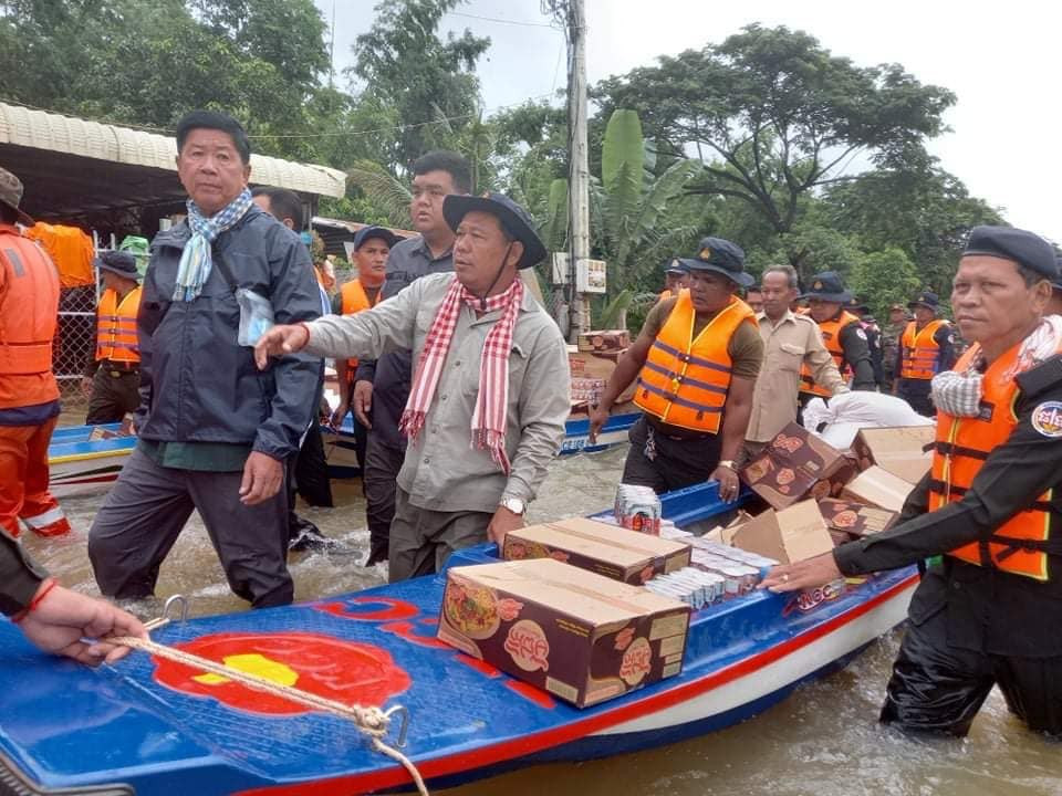 Transport de vivres pour les sinistrés