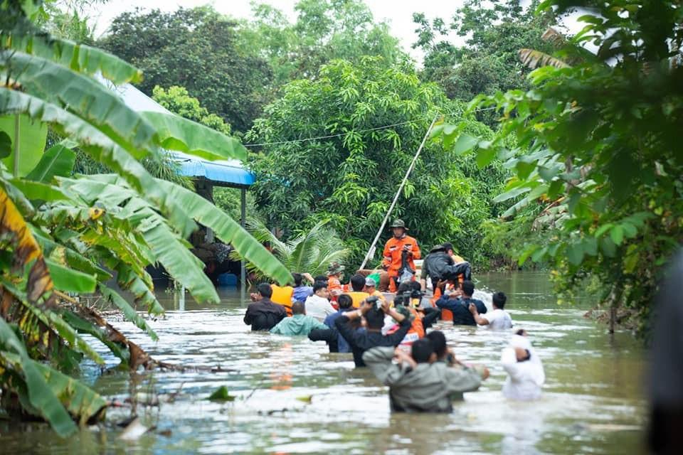 L'armée cambodgienne accélère les évacuations
