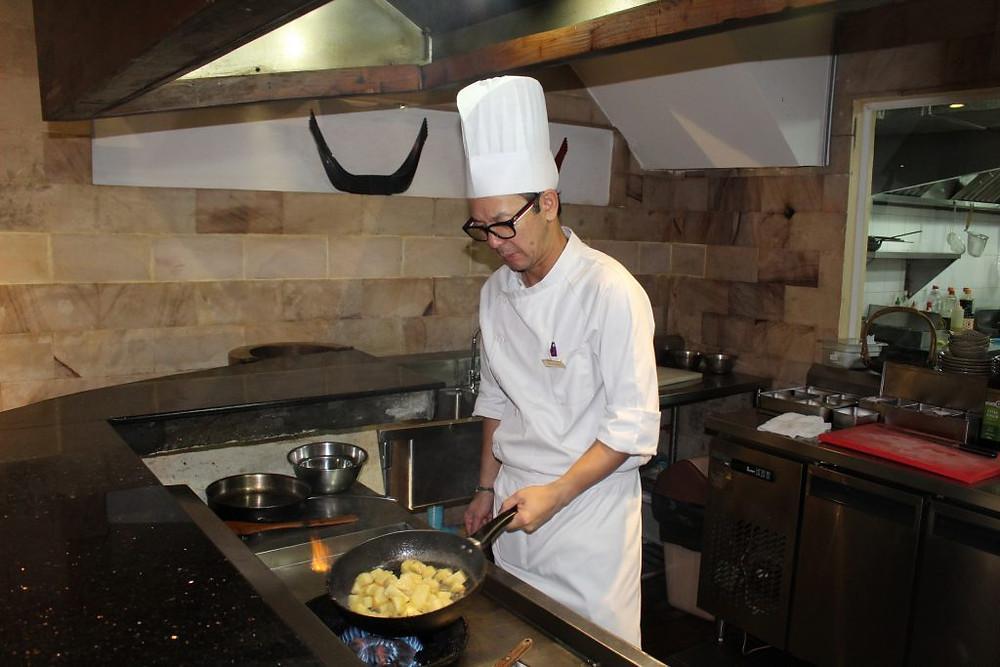 Claude Phasda, chef franco-khmer, qui a intégré le restaurant Kanji depuis janvier dernier