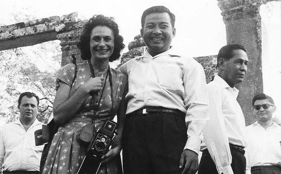Micheline Dullin et le Prince Norodom Sihanouk