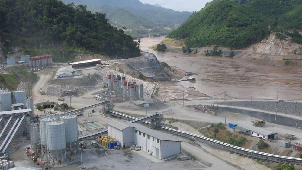 Travaux et concessions forestières suspendus jusqu'aux élections